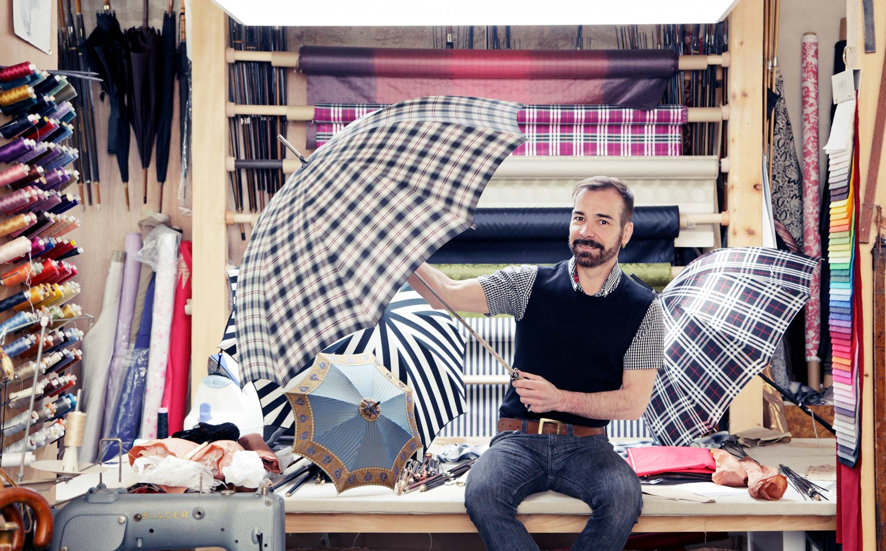 Bild/Picture Heurtault – The Passionate Umbrella-Maker